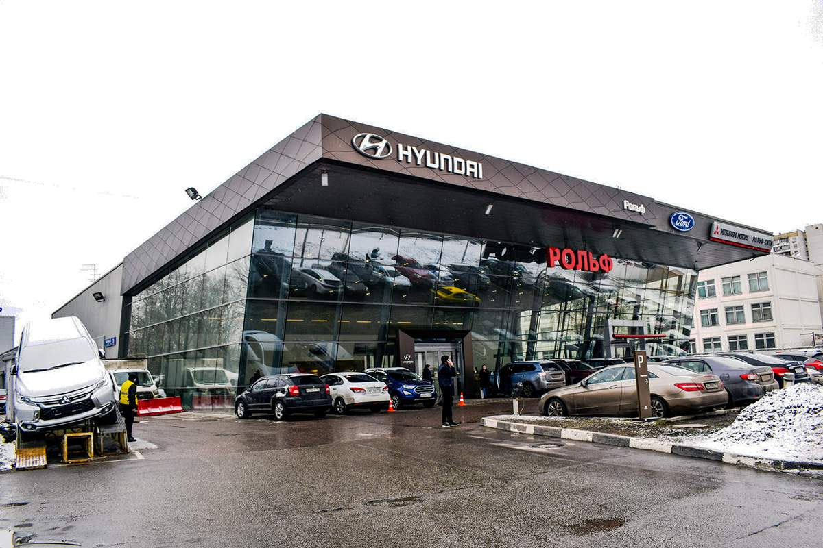 Москва автосалон рольф mitsubishi автоломбард национальный кредит тюмень